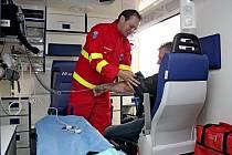 Nová výjezdová základna Zdravotnické záchranné služby (ZZS) Zlínského kraje, která byla včera slavnostně otevřena v Buchlovicích.