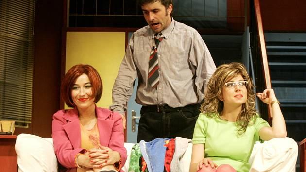 Komedii o záletném taxikáři nastudoval režisér Robert Bellan v květnu loňského roku.
