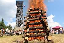 Na vrcholu Velkého Lopeníku se v sobotu 19. července uskutečnilo tradiční setkání Čechů a Slováků.