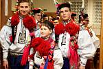 Na krojovém plese ve Vlčnově představili letošního krále Petra Španěla.