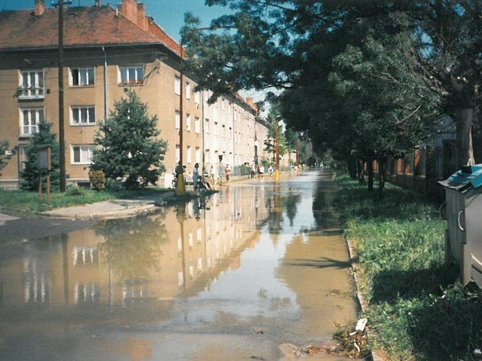 Štefánikova ulice naproti kina Hvězda.