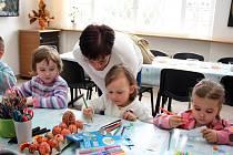 Děti ani rodiče se při letošním třetím rodinném programu ve Slováckém muzeu nenudily.
