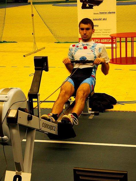 Michal Plocek z VK Slovácko obsadil na prvním kole ČP ve veslování na trenažérech 2. místo v kategorii juniorů.