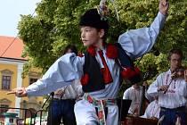 Mužský sólový tanec verbuňk patří mezi ozdoby folklorních akcí. Ilustrační foto