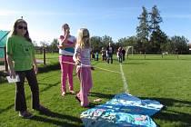 Slunečného počasí ve sváteční neděli 28. září využily mnohé rodiny a vyrazily se svými potomky si užít Sportovní odpoledne pro celou rodinu na Orelském stadionu v Uherském Brodě.
