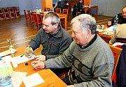 Vkostelanské kulturním domě hodnotili porotci a porotkyně 340 pálenek zrůzných koutů Moravy.