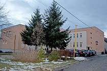 Kulturní dům v Kudlovicích se dočkal zateplení i nové fasády.