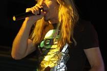Zpěvák Jarda Plšek je nedílnou součástí kapely Argema. O tom, jak bude vypadat jeho další muzikantská dráha, se rozhodne až po vyřešení aktuálních potíží v kapele