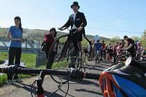 Otevírání cyklostezky z Havřic do uherskobrodské Vazové ulice se zúčastnily desítky aktivních lidí.