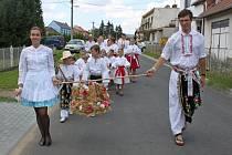 Díky jalubskému folklornímu souboru Střešňa a místní organizaci KDU – ČSL se v obci udržují tradiční dožínky.