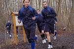 Fotbalisté 1. FC Slovácko zahájili přípravu na jarní část Gambrinus ligy. Na úvod je čekal výběh v Kunovském lese. Na snímku zleva Michal Kordula a Tomáš Košút.
