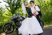 Soutěžní svatební pár číslo 14 - Magdaléna a Libor Miklišovi, Újezdec