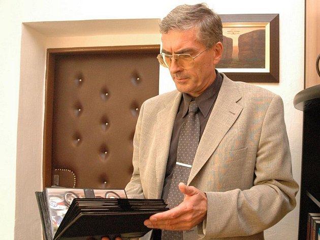 """""""Myslím, že jsem poměrně nesmlouvavý ředitel,"""" přiznal Antonín Karásek v rozhovoru pro Slovácký deník."""