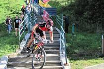 Cyklistické závody MTB Cross Country.