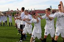 Fotbalisté Uherského Brodu odehráli výbornou jarní část soutěže a v sobotu se mohli oprávněně těšit z vítězství v soutěži a postupu do divize.