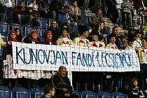 Folkloristé podpořili fotbalisty 1. FC Slovácko v zápase s pražskou Spartou.