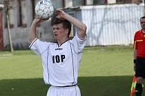 Fotbalisté Uherského Brodu (v bílém). Ilustrační foto.