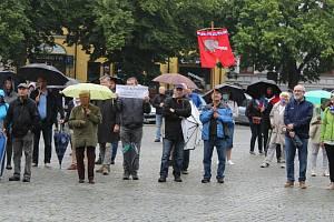 Čtvrtý protibabišovský protest v Uherském Hradišti - 9. 6. 2020