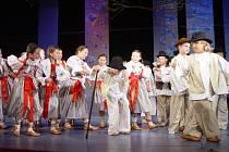 Hradišťánek přivítá své hosty – Dolinečku ze Starého Města a Děcka z Kunovic.