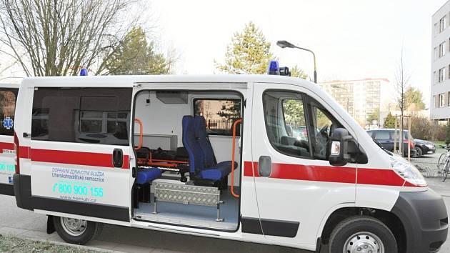 Nový vůz je rozměrnější a pro pacienty pohodlnější.