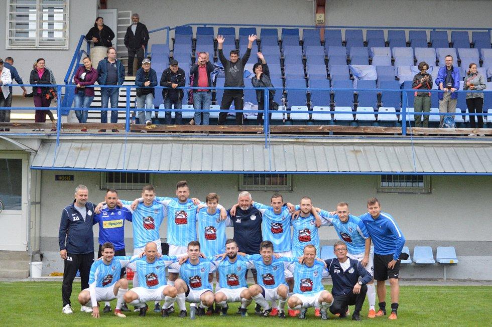 Fotbalisté Ořechova ovládli sobotní turnaj čtyř týmů ve Starém Městě.
