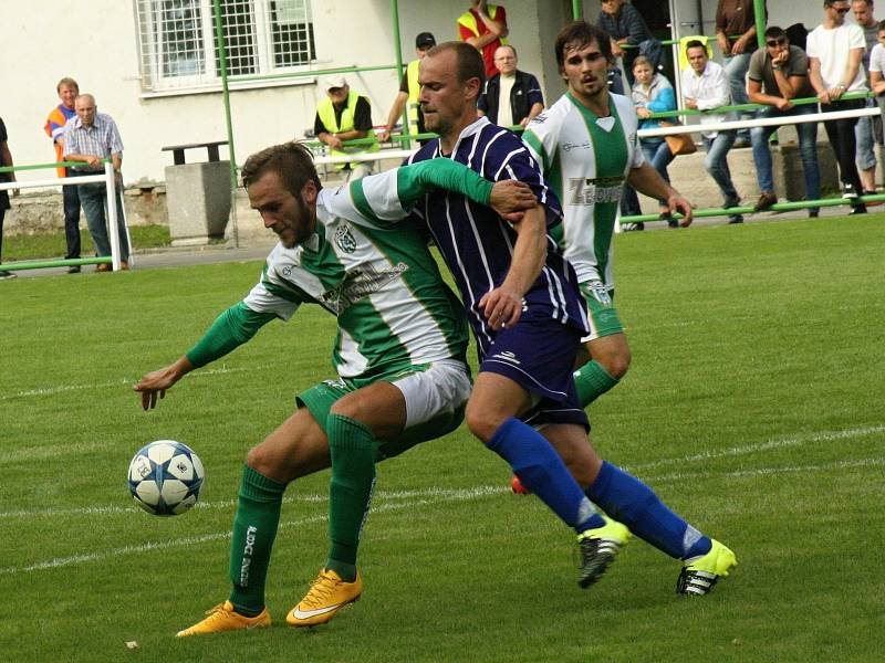 Zkušený záložník Petr Horňák hrál naposledy čtvrtou nejvyšší soutěž ve Bzenci.