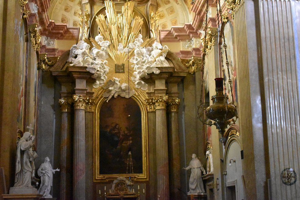 Bazilika Nanebevzetí Panny Marie a sv. Cyrila a Metoděje, Velehrad.
