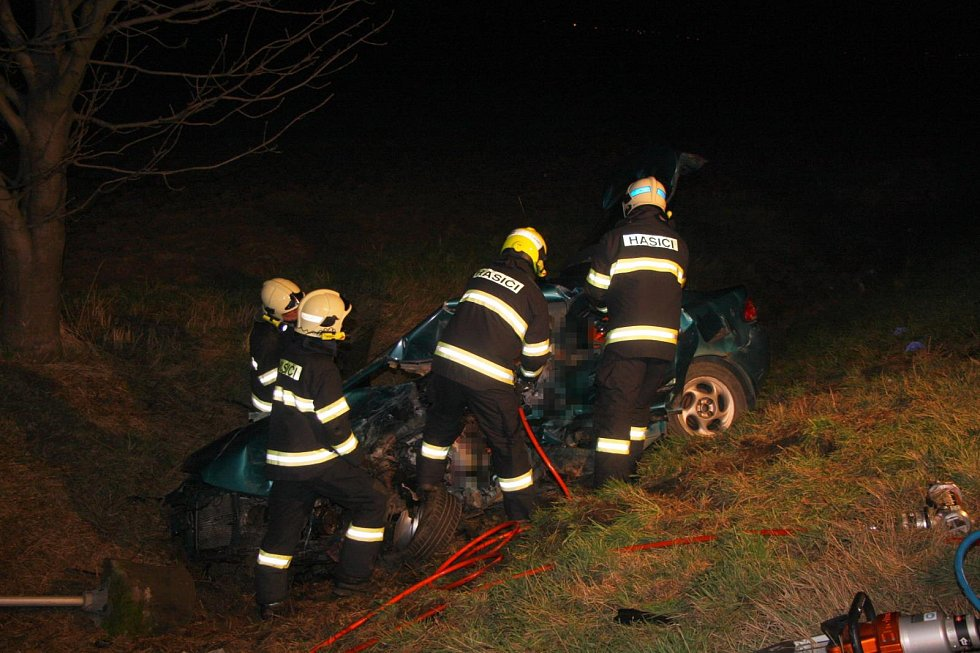 Tragická nehoda mezi obcemi Staré město u Uherského Hradiště a Huštěnovice