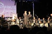 Benefiční koncert Zhasnuté slunce v Klubu kultury v Uherském Hradišti