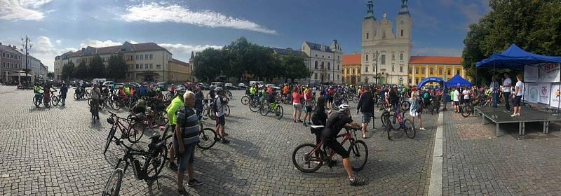 Na kole vinohrady startovalo 11. července tradičně z Masarykova náměstí v Uherském Hradišti.