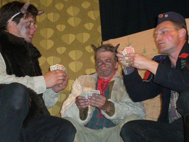 Čert Lucius, Martin Kabát, loupežník Sarka Farka si dali dostaveníčko v Suché Lozi.