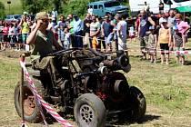 Srazu traktorů v Osvětimanech se zúčastnil také vlastnoruční výrobek Františka Dvořana z Buchlovic. Se strojem jel jeho vnuk Jan Dvořan