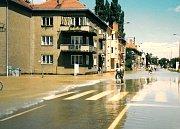 Povodeň v červenci 1997 v Uherském Hradišti. Třída Maršála Malinovského.