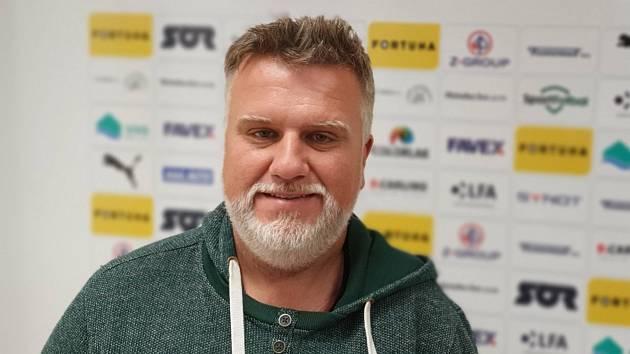 Trenér béčka Slovácka Jiří Saňák