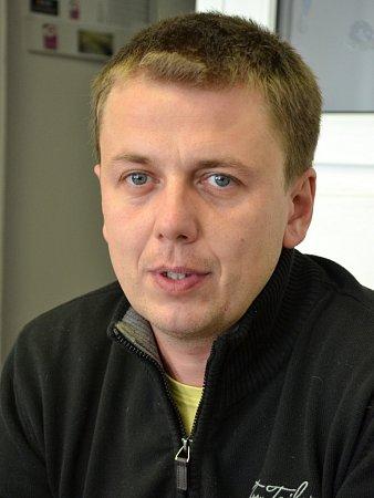 Projektant Milan Valouch.