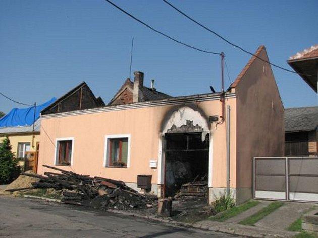 Ruina po požáru.