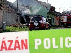 Požár rodinného domu v Bánově s tragickým koncem.