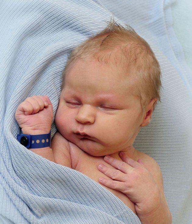 Filip Ricka, Hradčovice, narozen 27. července 2021 v Uherském Hradišti, míra 53 cm, váha 4060 g