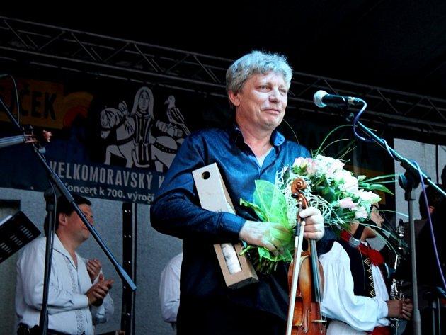 Šest stovek posluchačů se vnedělním podvečeru nechalo ve Starém Městě unášet šestým Velkomoravským koncertem.