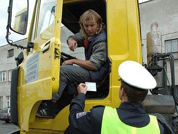 V sobotu na silnicích hlídkovalo 22 policistů.