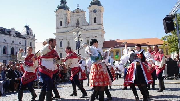 Slovácké slavnosti vína a otevřených památek 2013 v Uherském Hradišti.