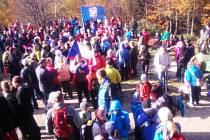Na dva tisíce lidí si ve středu 28. října vyšláplo na nejvyšší vrchol Chřibů Brdo (587 m), kde si už pojedenácté připomněli výročí založení samostatného Československa.