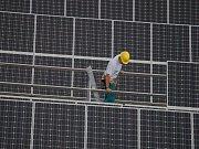 První etapa výstavby elektrárny je dokončena. Vyrobená energie skončí v energetické síti.