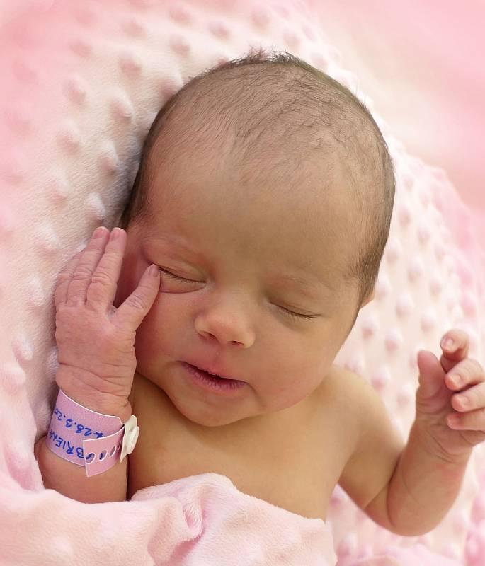 Gabriela Dostalová, Hluk, narozena 28. března 2021 v Uherském Hradišti, míra 48 cm, váha 2950 g