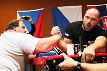 V Hluku se konal Český pohár v armwrestlingu.