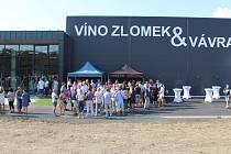 Zbrusu nové prostory otevřelo o posledním prázdninovém víkendu vinařství Víno Zlomek a Vávra v Boršicích u Blatnice.