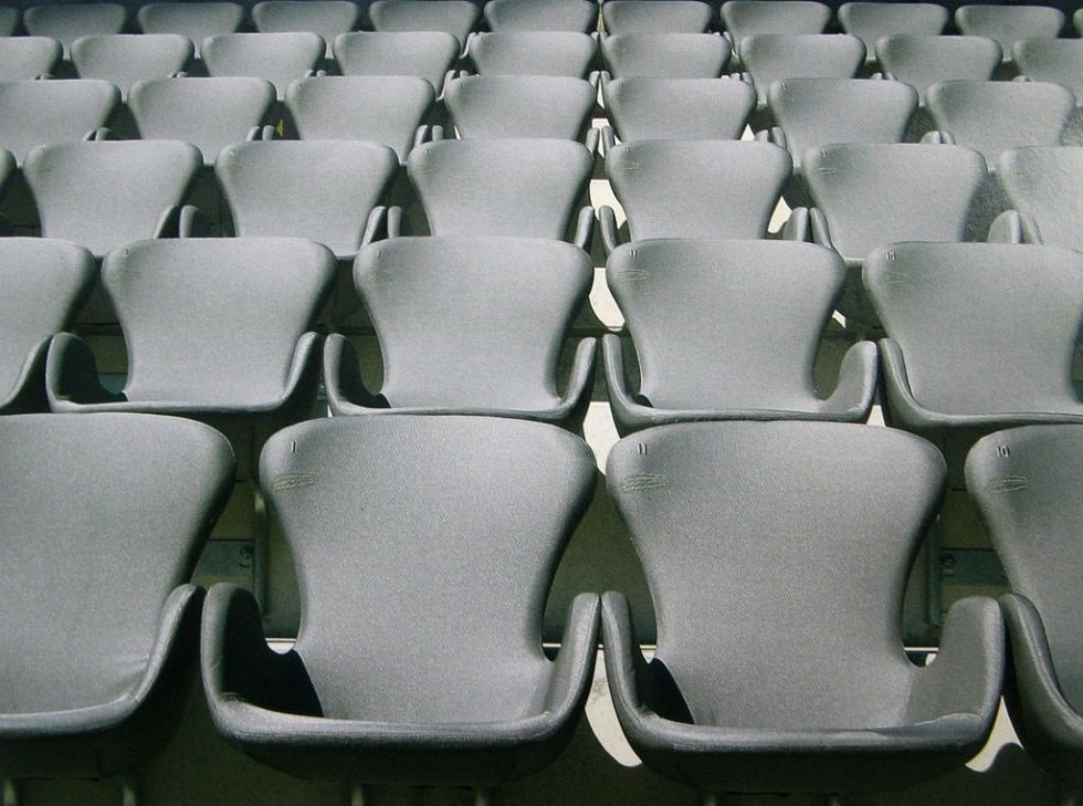 Fotbalová Alianz Arena v Mnichově.( sedadla)