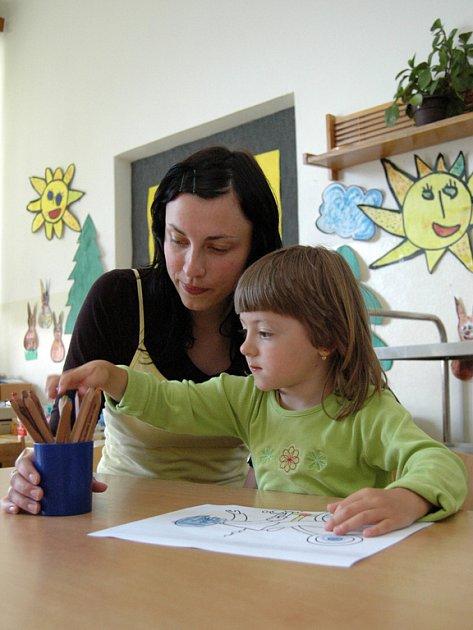 V Jalubské mateřské škole včera učily učitelky ze základní školy.