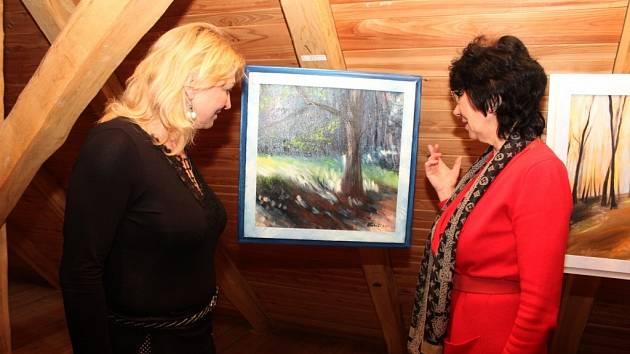 V Archeoskanzenu Modrá vystavuje svá díla Veronika Maňásková Daňková