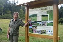 Mokřad s bohatým výskytem chráněné orchideje prstnatce pleťového si mohou při putování Bílými Karpatami prohlédnout lidé nedaleko Slavkova u Uherského Hradiště.